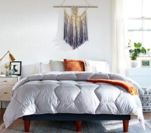 Layla-Down-Alternative-Comforter
